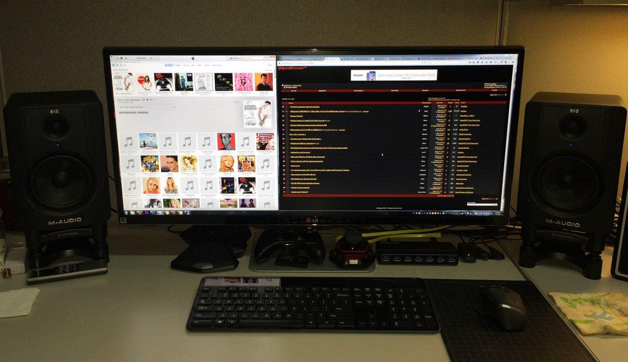 cubicle-desk-hard-apple.jpg