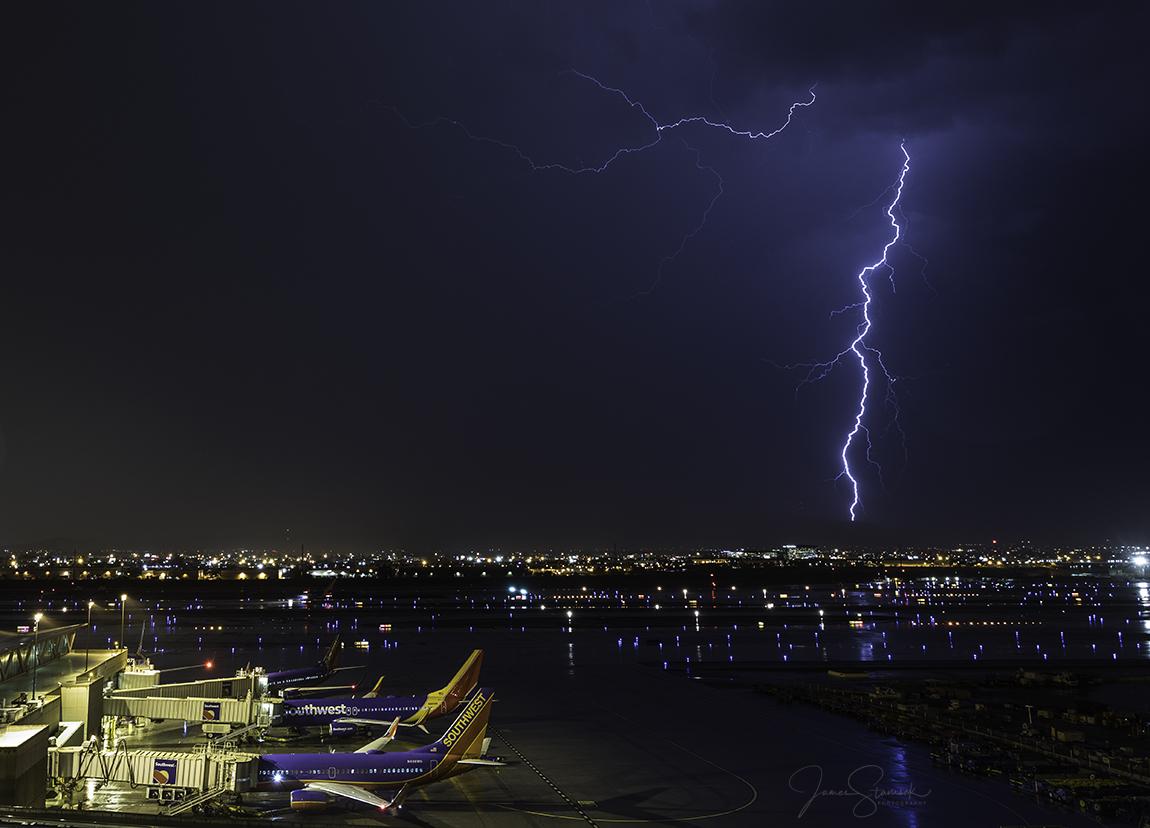 AirportStorm2.jpg