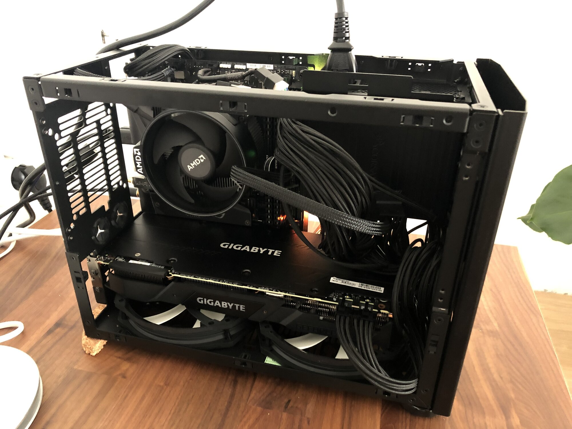 NCASE M1: a crowdfunded Mini-ITX case (updates in first post