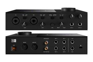 komplete_audio_6-connectors_1050x700.jpg